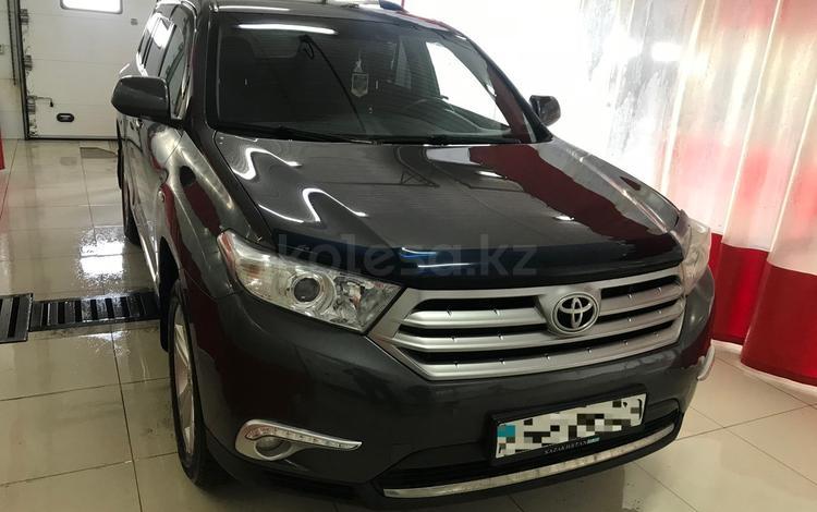 Toyota Highlander 2011 года за 9 720 000 тг. в Алматы