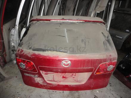 Крышка багажника на Mazda 6 за 555 тг. в Алматы