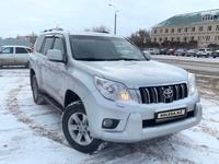 Toyota Land Cruiser Prado 2013 года за 12 700 000 тг. в Актобе