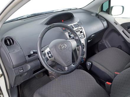 Toyota Yaris 2010 года за 3 120 000 тг. в Шымкент – фото 5