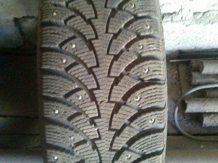 Шины (резина) с дисками комплект на пассат в5 за 80 000 тг. в Караганда – фото 3