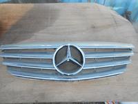 Решетка радиатора Mercedes w245 за 25 000 тг. в Алматы