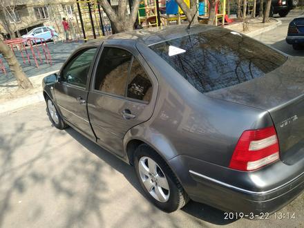 Volkswagen Jetta 2004 года за 2 200 000 тг. в Алматы – фото 9