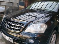 Mercedes-Benz ML 500 2005 года за 4 300 000 тг. в Алматы