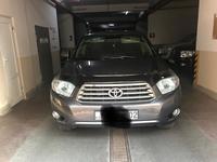 Toyota Highlander 2010 года за 9 000 000 тг. в Алматы