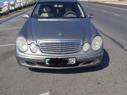 Mercedes-Benz E 240 2004 года за 3 200 000 тг. в Актау – фото 2