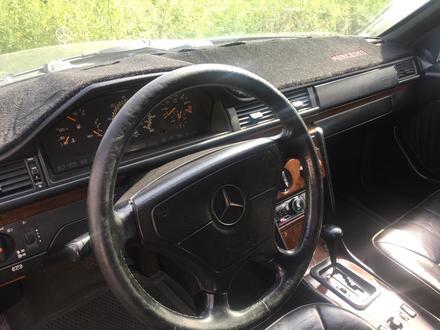 Mercedes-Benz E 280 1993 года за 1 800 000 тг. в Алматы – фото 11