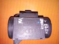 Волюметр дмрв расходомер воздуха Volkswagen sharan 074906461 за 30 000 тг. в Усть-Каменогорск