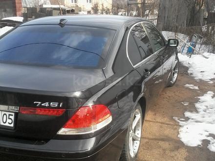 BMW 745 2002 года за 3 500 000 тг. в Алматы – фото 2