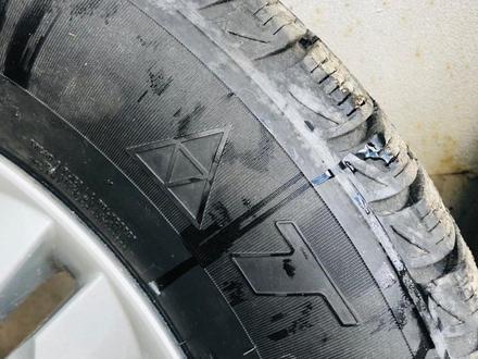 Резина с дисками за 65 000 тг. в Усть-Каменогорск – фото 2