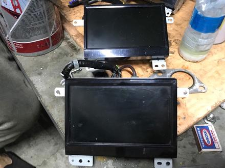 Дисплей монитор на Субару трибека за 555 тг. в Алматы